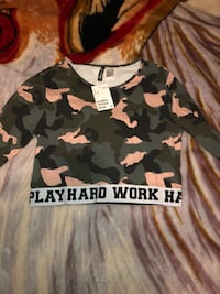 black and white camouflage crew-neck shirt Markham, L6C 1R6