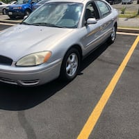 Ford - Taurus - 2004 Silver Spring