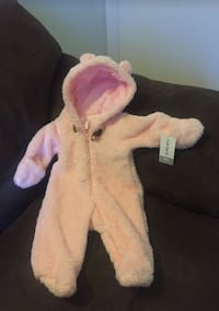 Brand new with tags still on baby carter snow suit Magna, 84044
