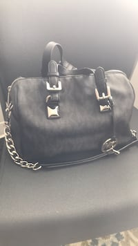 black leather 2-way handbag Alexandria, 22315
