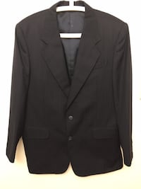 Like new men's blazer  Colour: navy blue  Size: M Condition: Excellent Markham