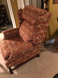 Wingback Recliner by Lane  Grimes, 50111