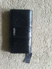 Guess wallet brand new Calgary, T2W