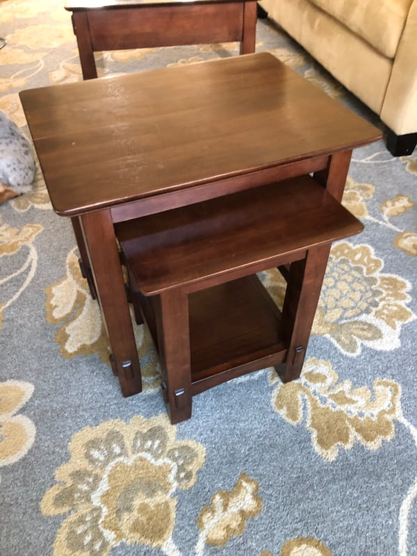 Nested end tables 3bb71615-e72a-4162-9d74-604f0999f808