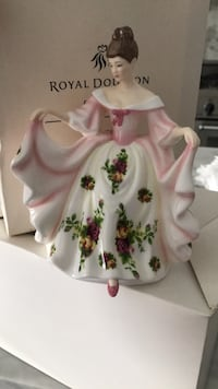white and red floral ceramic pitcher Vaughan, L6A 2C9