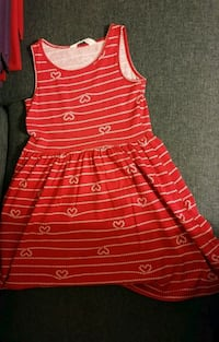 Robe fille. H§M. Rouge. Taille 8 ans