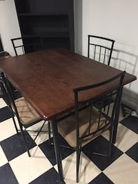 Dining Table /w 4 chairs Woodbridge, 22191