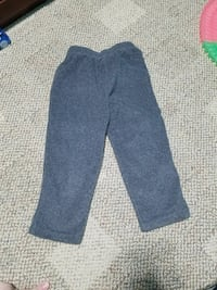 Children's place 3T fleece pants Moss Point, 39562