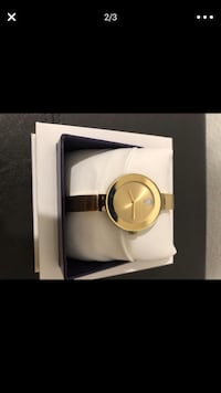 round gold analog watch with link bracelet Eastvale, 92880