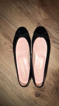 Patent Leather Ballerinas Toronto, M5C