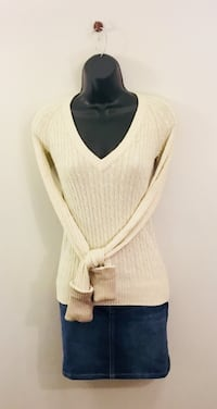 Women's American Eagle Sweater Size Small  Myrtle Beach, 29588