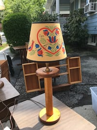 Arts and craft style spindle lamp