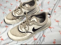 pair of white Nike low-top sneakers Gatineau, J8T 8C7