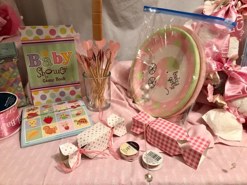 Baby Shower Girl, many handmade items e59dbe19-06d7-4b6e-9011-4d1e1092adbf