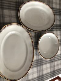 Beautiful plates 8 $ for 3 Laval