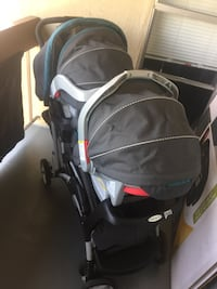 Graco double stroller set with car seats and bases Concord, 94520