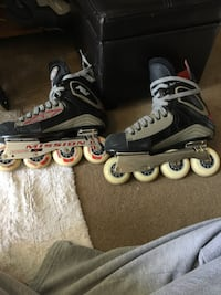 pair of black inline skates Burlington, L7M 3Z8