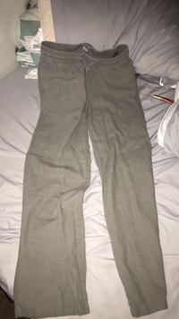 Loose fitting pants  Tucson, 85757