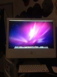 iMac 750HDD 4ram 2009 works perfectly 21inch screen with Magic Mouse & keyboard one key is missing on the keyboard but still worksit has been reset to factory default so is wiped clean Waterloo, N2L 3M6