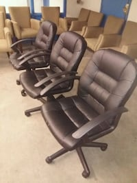 Black Leather Swivel Chairs Vancouver, V5K 2A1