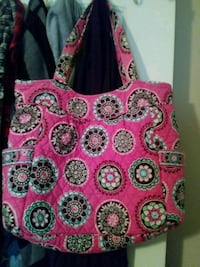 red and white floral tote bag Lawrenceburg, 40342