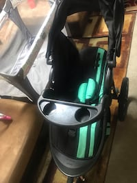 baby's black and green stroller Columbia, 21045