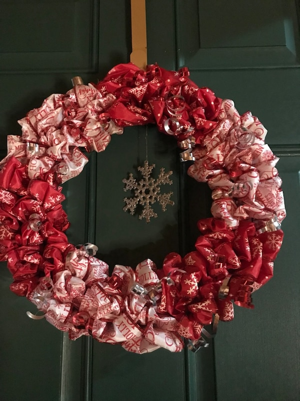 Used Handmade Red And White Christmas Wreath For Sale In Greene Letgo