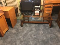 Glass top coffee table  Hagerstown, 21740