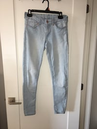 Jeans (size 6) - perfect condition Brossard, J4Z 0P2