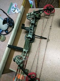 Barnett compound bow with acc Cleveland, 77328