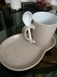 Unique coffee cup and small platter Laval, H7G 2W7