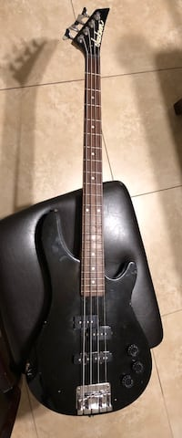 Jackson electric bass guitar black Fullerton, 92831