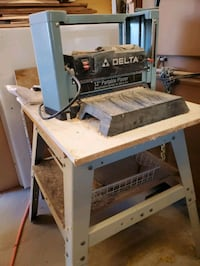 Delta wood planer and stand Las Vegas, 89118