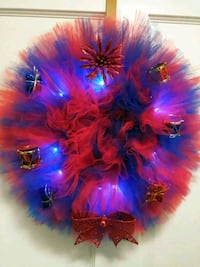 blue and red Christmas wreaths  28 km