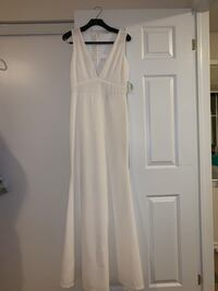White dress / wedding gown Milton, L9T 7V6