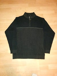 black and gray striped polo shirt 554 km