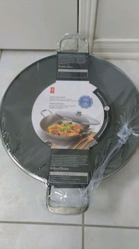 Brand new Cast iron wok Markham, L6C 2V8