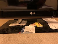 LG flat screen (40inch) Silver Spring