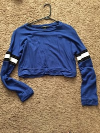 Forever 21 crop. Small