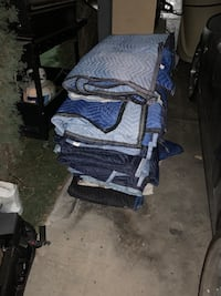 23 Moving blankets  Las Vegas, 89103