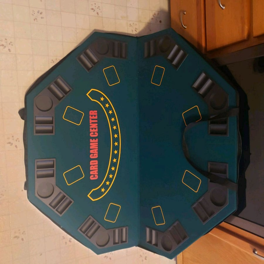 Portable poker table with carrying bag