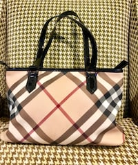 Never used Burberry Tote Sandy