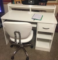 "South Shore Axess Collection Desk, Pure White + PU Leather Mid-Back Mesh Task Chair Office Desk Task Chair ""EXCELLENT CONDITION"" (pickup only from Great Falls VA) Great Falls, 22066"