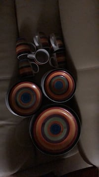 Dinnerware set: Plates, saucers, bowls and coffee cups Streamwood, 60107