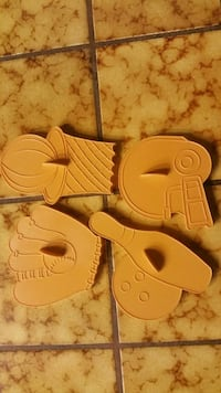 Sports theme cookie cutters, all four for $5 Tracy, 95304