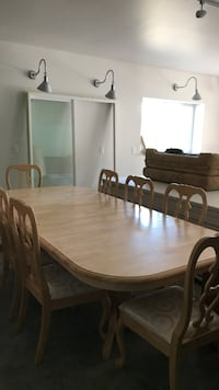 Dining room Table w/8 chairs Colbert, 99005