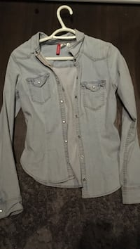 Gray button-up chambray sport shirt Barrie, L4N