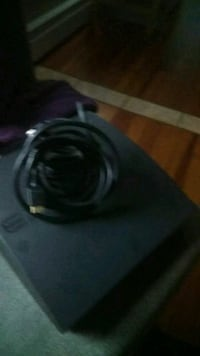 black and gray corded headphones Framingham, 01701