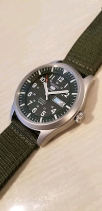 SEIKO 5 Sports AUTOMATIC, New condition. 43mm case size Toronto, M8Y 3M3