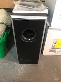 Samsung home theatre system. Six speaker system with subwoofer and 5.1 surround sound Toronto, M4S 1C2